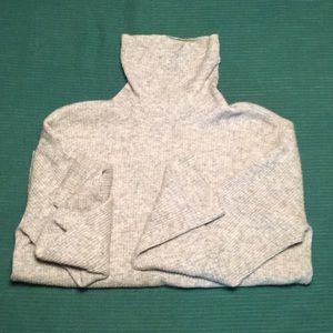Vintage style Wool turtle neck, great with timbs
